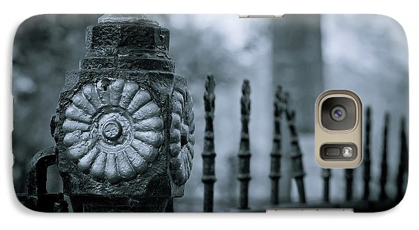 Galaxy Case featuring the photograph Oakwood Cemetery by Linda Unger