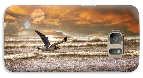 Galaxy Case featuring the photograph Ocean Flight by Aaron Berg