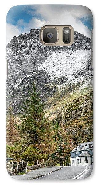 Galaxy Case featuring the photograph Ogwen Cottage by Adrian Evans