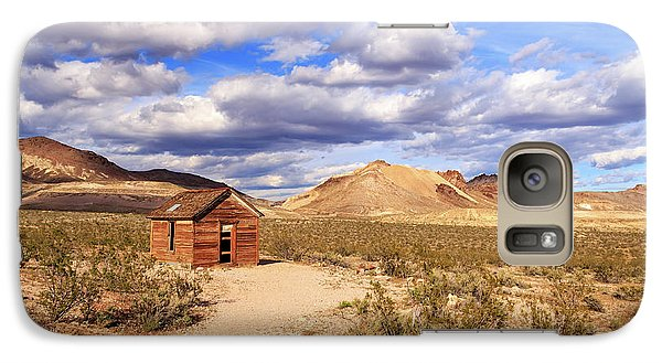 Galaxy Case featuring the photograph Old Cabin At Rhyolite by James Eddy