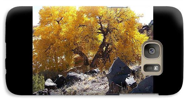 Old Cottonwood Below Black Rocks Galaxy S7 Case
