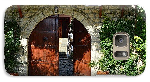 Old House Door Galaxy S7 Case by Nuri Osmani