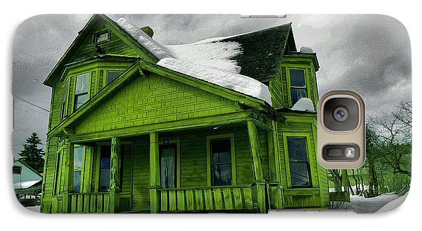 Galaxy Case featuring the photograph Old House In Roslyn Washington by Jeff Swan