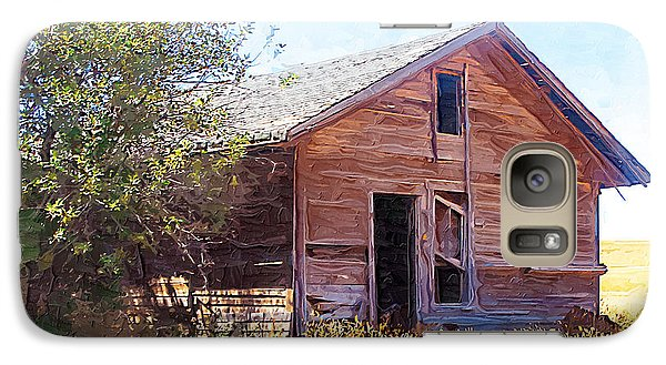 Galaxy Case featuring the photograph Old House by Susan Kinney