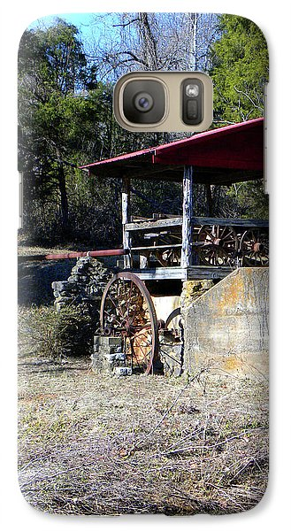 Galaxy Case featuring the photograph Old Mill Of Guilford Pumphouse by Sandi OReilly