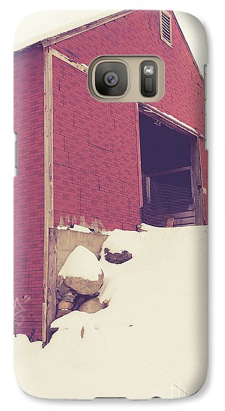 Galaxy Case featuring the photograph Old Red Barn In Winter by Edward Fielding