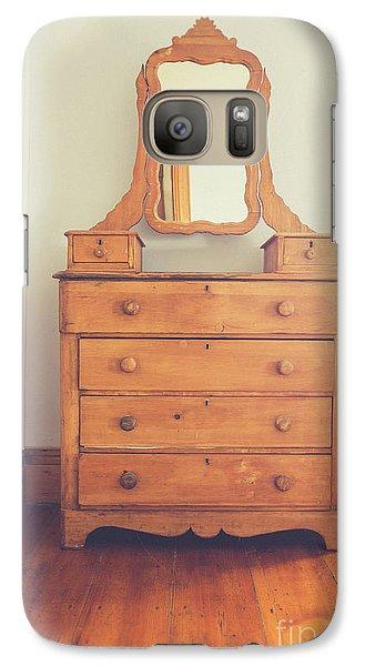 Old Wooden Dresser Galaxy S7 Case by Edward Fielding