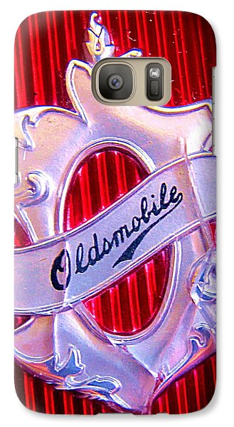 Galaxy Case featuring the photograph Oldsmobile Emblem. by John King