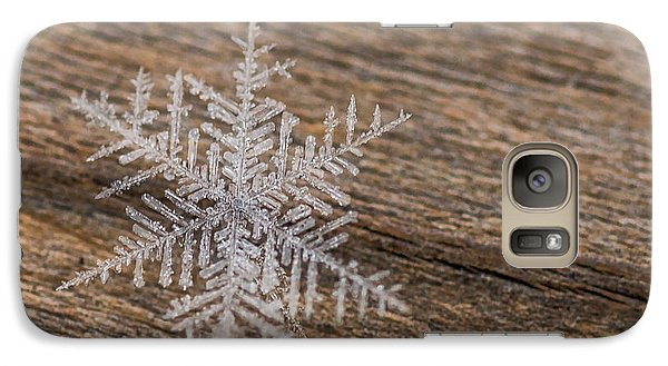 Galaxy S7 Case featuring the photograph One Snowflake by Ana V Ramirez