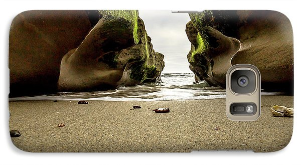 Galaxy Case featuring the photograph Only At Low Tide by Ryan Weddle