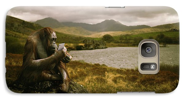 Orangutan Galaxy S7 Case - Orangutan With Smart Phone by Amanda Elwell
