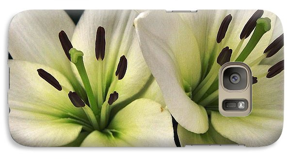 Galaxy Case featuring the photograph Oriental Lily Named Endless Love by J McCombie