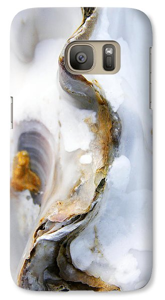 Galaxy Case featuring the photograph Oyster by Richard George