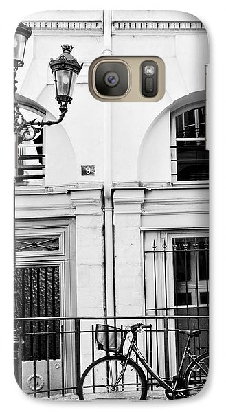 Galaxy Case featuring the photograph Paris Black And White Architecture Windows Street Lanterns Bicycle Print - Paris Street Lanterns by Kathy Fornal