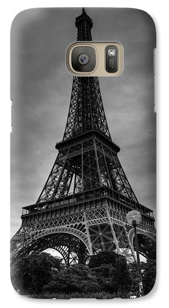 Galaxy Case featuring the photograph Paris - Eiffel Tower 004 Bw by Lance Vaughn