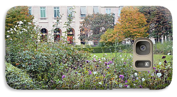 Galaxy Case featuring the photograph Paris Palais Royal Gardens - Paris Autumn Fall Gardens Palais Royal Rose Garden - Paris In Bloom by Kathy Fornal