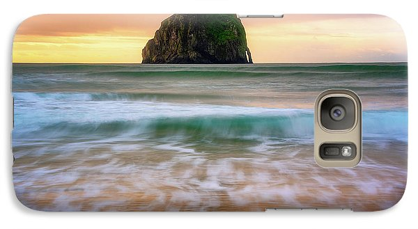 Galaxy Case featuring the photograph Pastel Morning At Kiwanda by Darren White