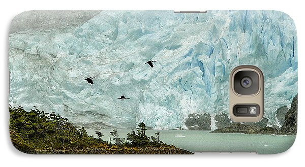 Galaxy Case featuring the photograph Patagonia Glacier by Alan Toepfer