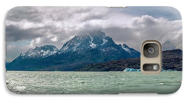 Galaxy Case featuring the photograph Patagonia Lake by Andrew Matwijec