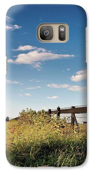Galaxy Case featuring the photograph Peaceful Grazing by David Sutton