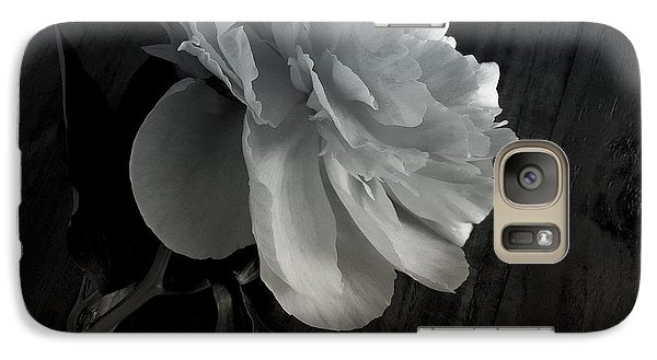 Galaxy Case featuring the photograph Peonie by Sharon Jones