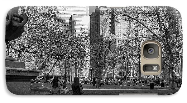 Galaxy Case featuring the photograph Philadelphia Street Photography - 0902 by David Sutton