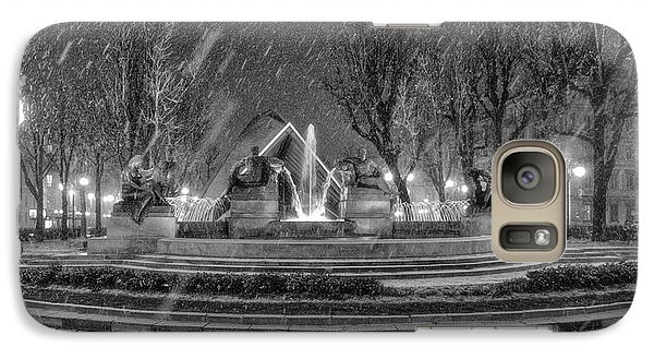 Galaxy Case featuring the photograph Piazza Solferino In Winter-1 by Sonny Marcyan