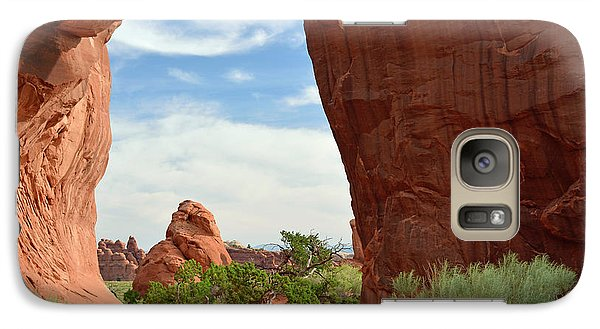 Galaxy Case featuring the photograph Pine Tree Arch In Utah by Bruce Gourley