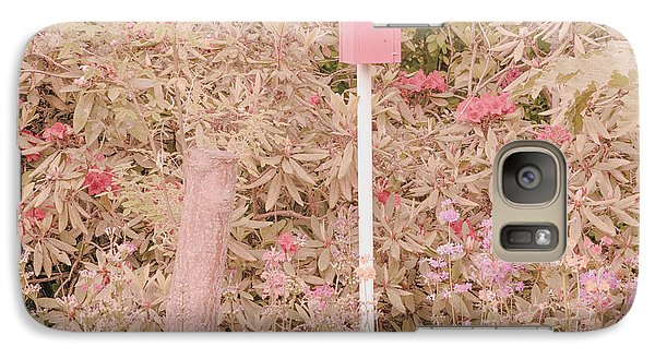 Galaxy Case featuring the photograph Pink Nesting Box by Bonnie Bruno