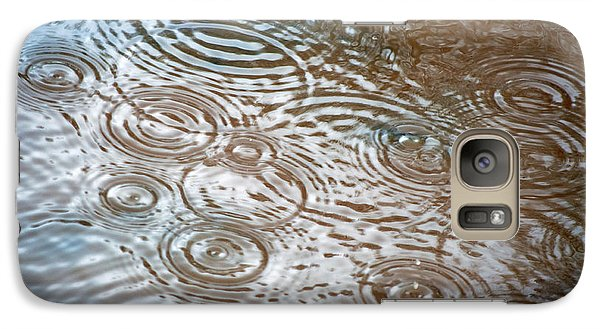 Galaxy Case featuring the photograph Puddle Patterns by Gwyn Newcombe