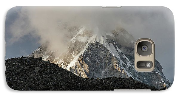 Galaxy Case featuring the photograph Pumori Dusk Light by Mike Reid