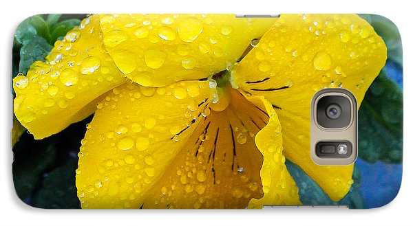 Galaxy Case featuring the photograph Raindrops On Yellow Pansy by E Faithe Lester
