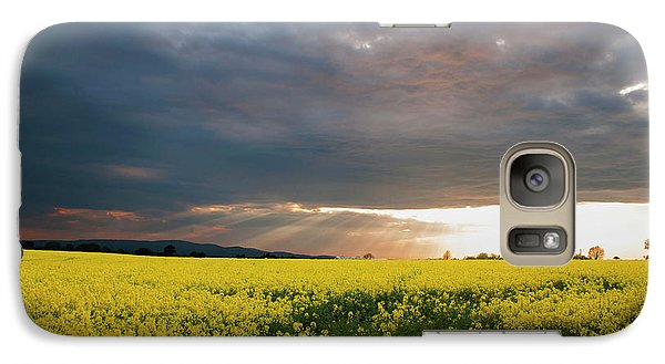 Galaxy Case featuring the photograph Rays At Sunset by Rob Hemphill