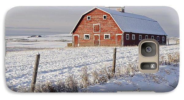 Red Barn In Winter Coat Galaxy S7 Case