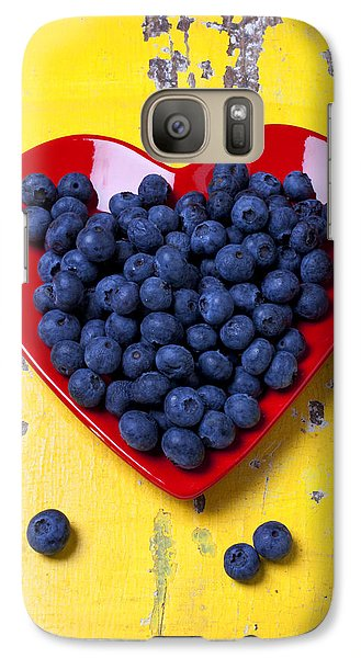 Fruits Galaxy S7 Case - Red Heart Plate With Blueberries by Garry Gay