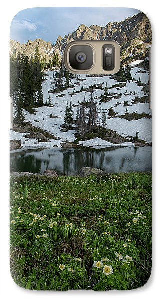 Galaxy Case featuring the photograph Red Peak And Willow Lake by Aaron Spong