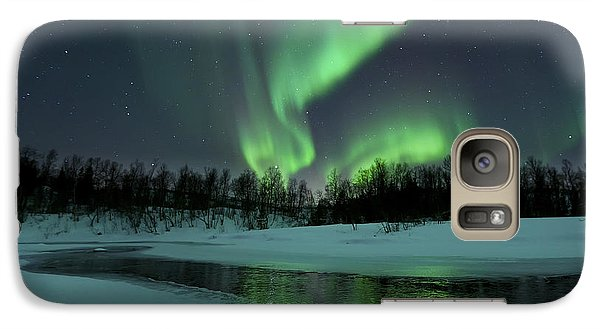 Landscapes Galaxy S7 Case - Reflected Aurora Over A Frozen Laksa by Arild Heitmann