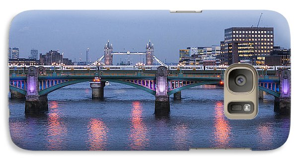 Galaxy Case featuring the photograph Reflecting On The Thames by David Isaacson