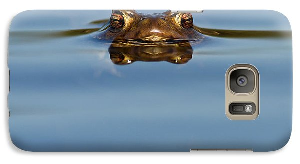 Reflections - Toad In A Lake Galaxy S7 Case by Roeselien Raimond