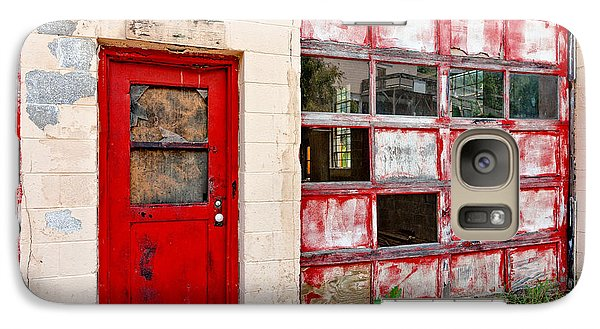 Galaxy Case featuring the photograph Retired Garage by Christopher Holmes