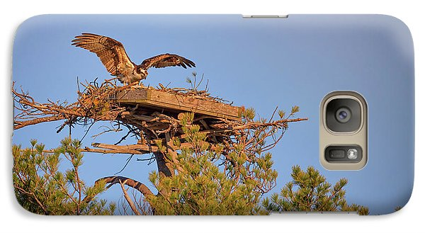 Galaxy Case featuring the photograph Returning To The Nest by Rick Berk