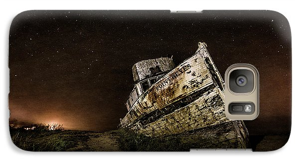 Galaxy Case featuring the photograph Reyes Shipwreck by Everet Regal