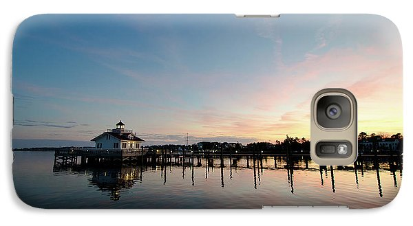 Galaxy Case featuring the photograph Roanoke Marshes Lighthouse At Dusk by David Sutton