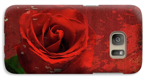 Galaxy Case featuring the photograph Roses Are Still Red by Bonnie Willis