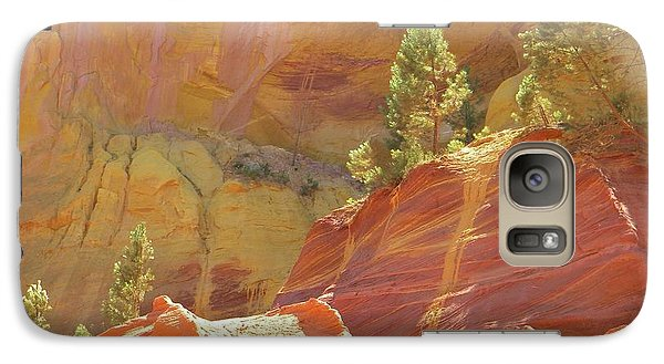 Galaxy Case featuring the photograph Roussillon Colours by Manuela Constantin