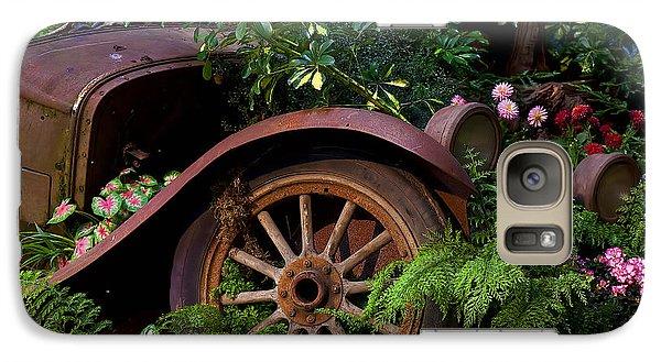 Rusty Truck In The Garden Galaxy S7 Case