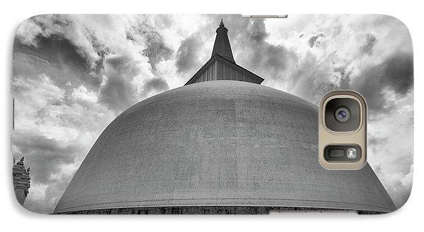 Galaxy S7 Case featuring the photograph Ruwanwelisaya, Anuradhapura, 2012 by Hitendra SINKAR