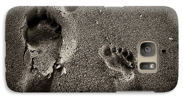 Galaxy Case featuring the photograph Sand Feet by Lora Lee Chapman