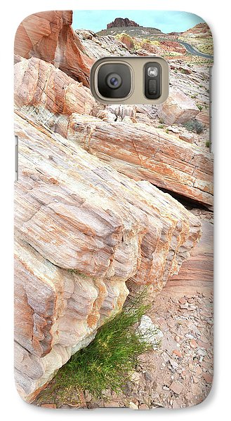 Galaxy Case featuring the photograph Sandstone Along Park Road In Valley Of Fire by Ray Mathis