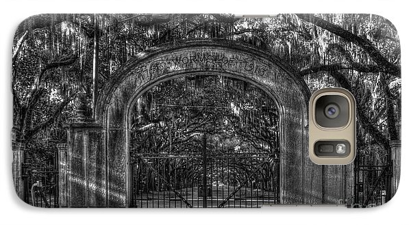 Galaxy Case featuring the photograph Savannah's Wormsloe Plantation Gate Bw Live Oak Alley Art by Reid Callaway
